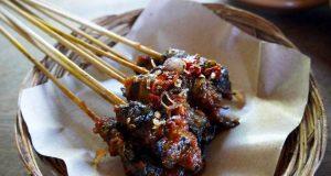 Makanan khas bali sate kakul