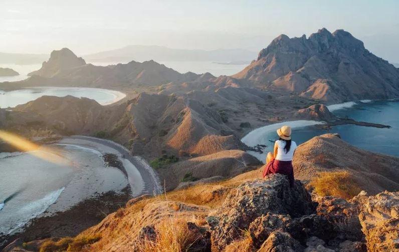 GAMBAR PEMANDANGAN INDONESIA – PADAR ISLAND NTT