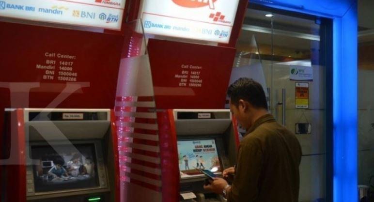 Penarikan di ATM link perlu memperhatikan jasa ATM