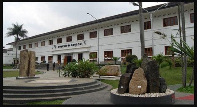 Sejarah Museum Geologi Bandung