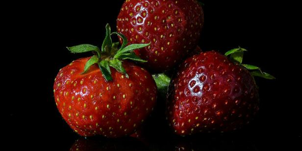 Benefits of eating Strawberries in morning