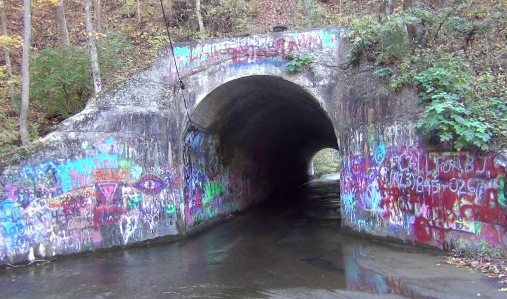Sensabaugh Tunnel and Creepy Story