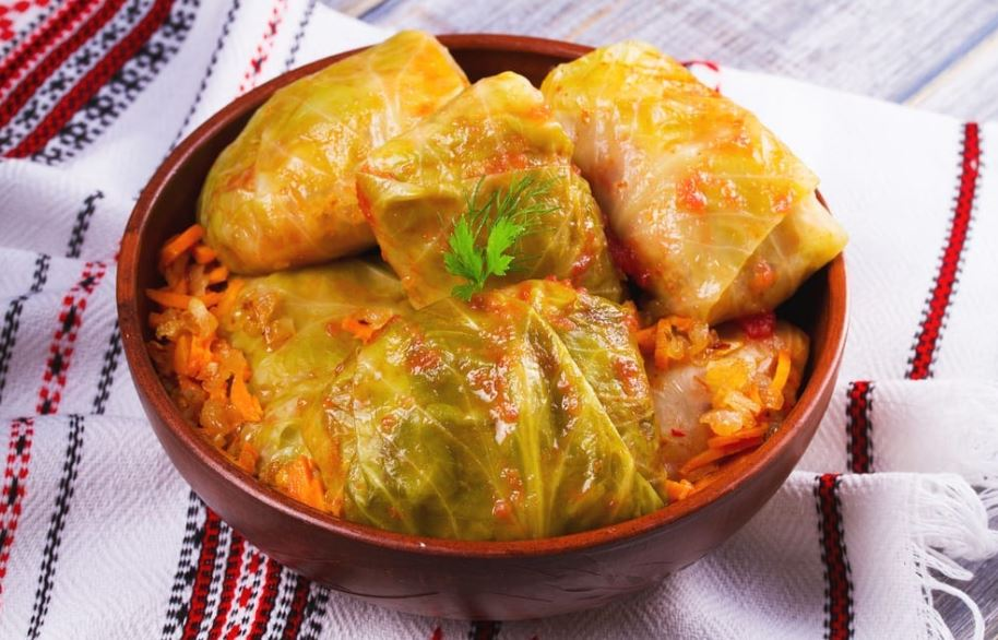 Ukranian Rolls foods Start with letter U