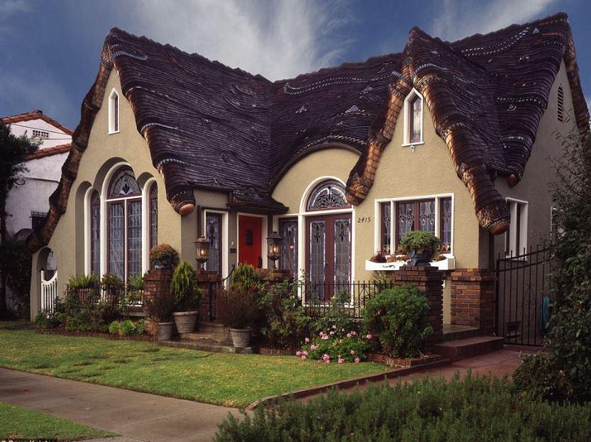 storybook houses in Long Beach